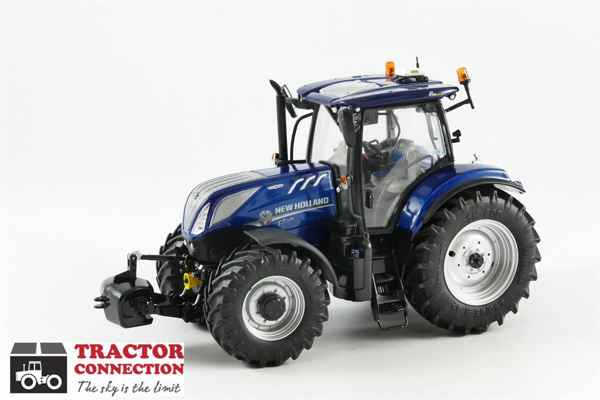 Blue Holland Tractors : Tractor connection specialist in scale models